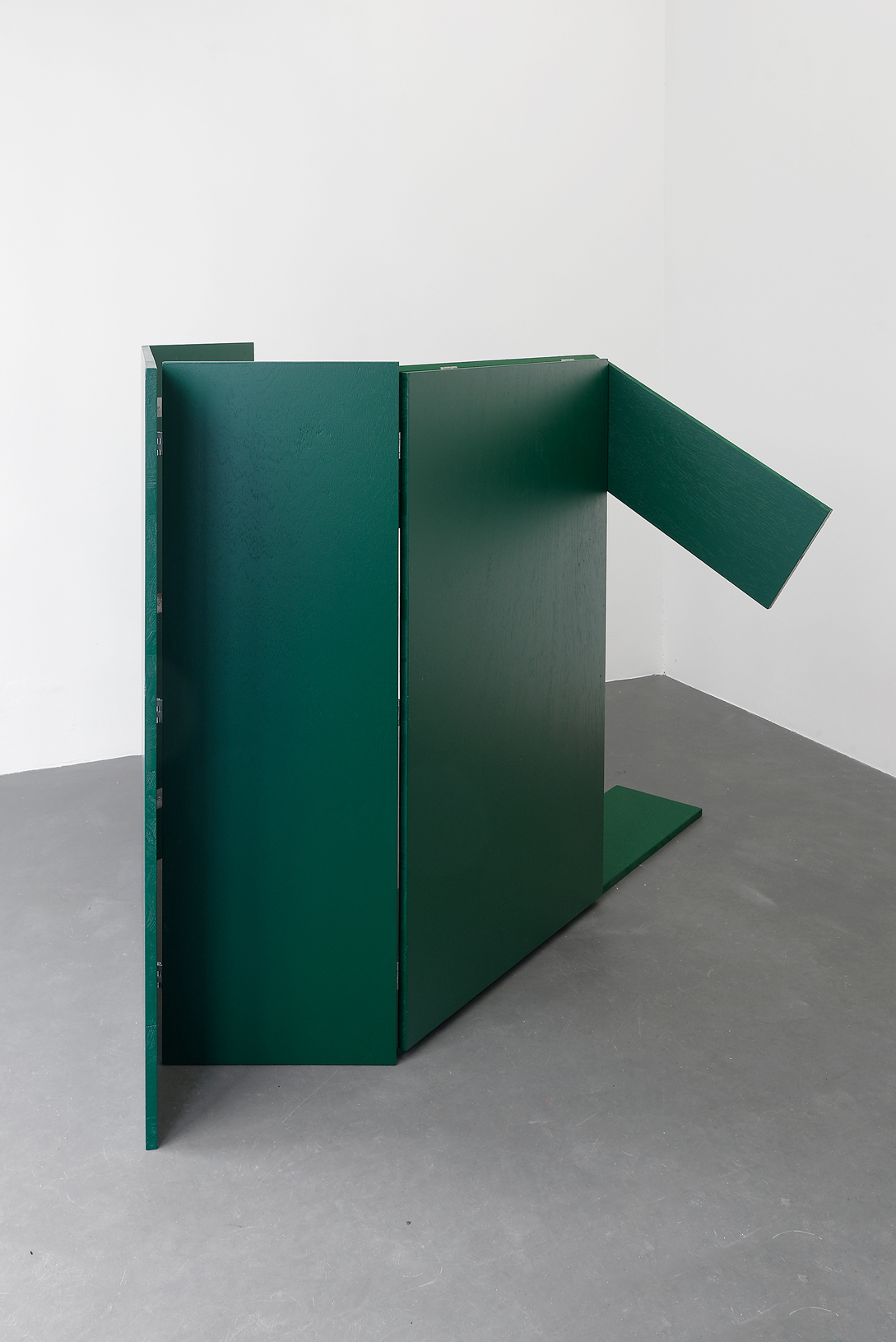 , 2016, Wood, paint and hinges, 42 x 96 x 74 cm (closed), , unique artwork, Photo: Aurélien Mole
