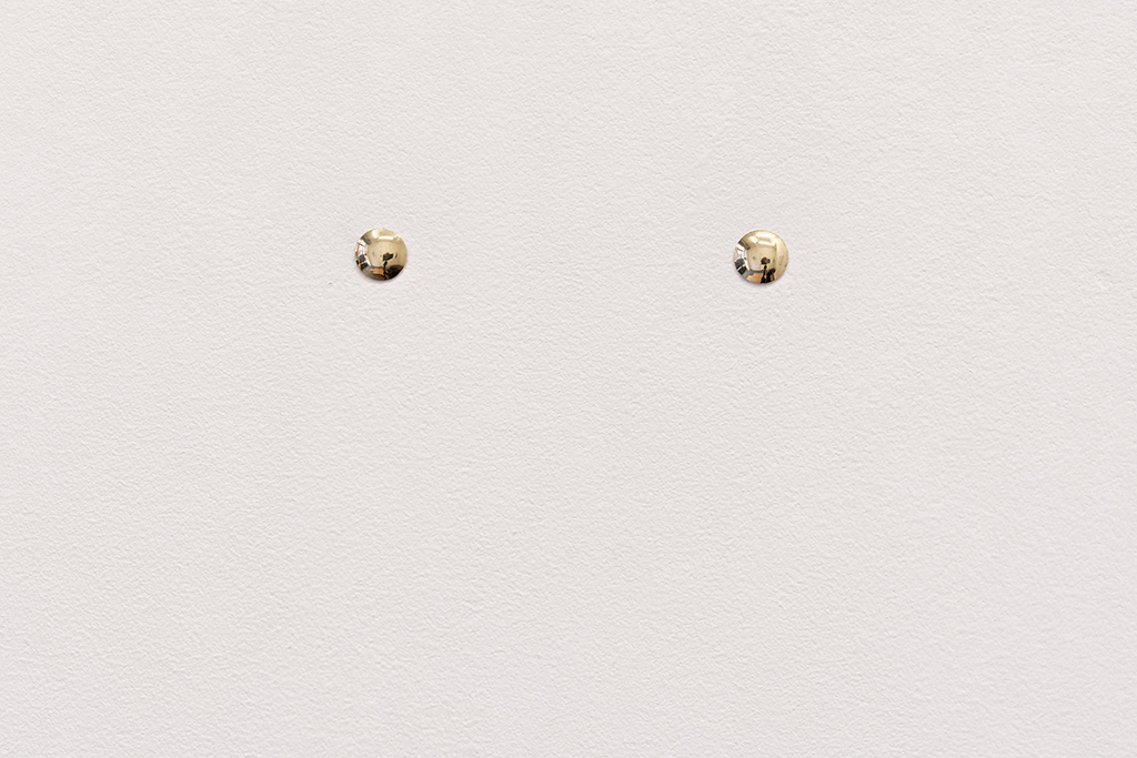 , 2006, Two solid gold drawing pins, Edition of 10 , photo: Aurélien Mole, Private collection, Paris
