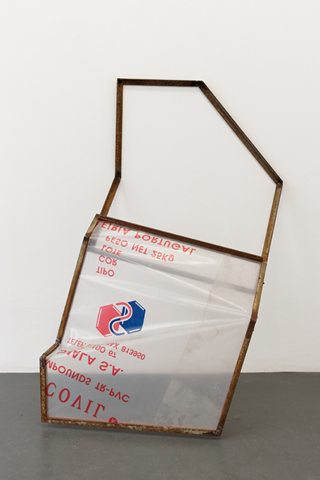 , 2013, Metal and wood window from Fábrica de Plásticos Simala's and plastic bag, 115 x 75 x 51 cm, , unique artwork, photo: Aurélien Mole
