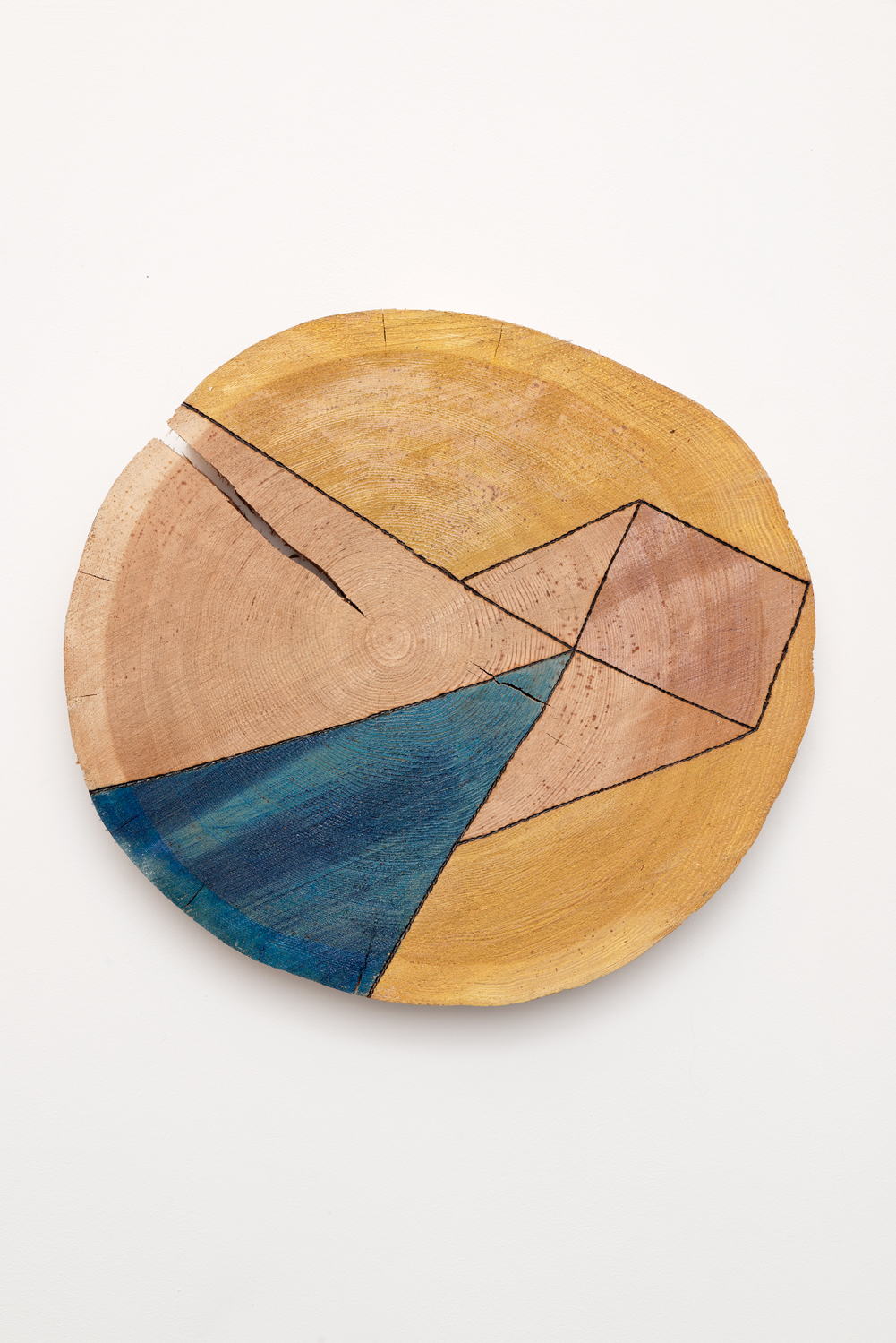 , 2013, Pyrography and dye on wood, ø 37 x 5 cm, , unique artwork, Photo: Aurélien Mole, Private collection, Montebelluna, Italy